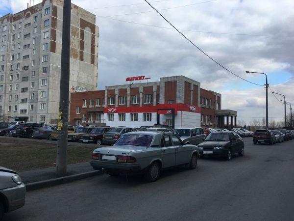 Торговый центр на Солнечном бульваре, 6Б