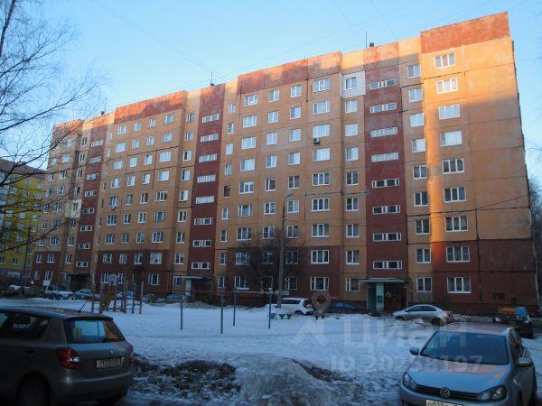 Продается двухкомнатная квартира за 2 100 000 рублей. г Ярославль, ул Серго Орджоникидзе, д 18 к 3.