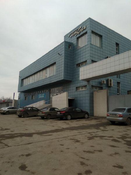 Торгово-складской комплекс на ул. Генерала Васильева, 38