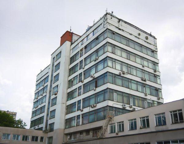 Бизнес-центр на ул. Юннатов, 18