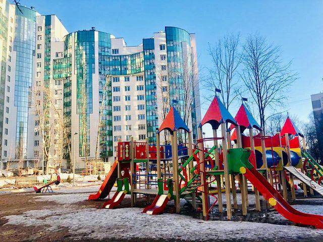 Продается двухкомнатная квартира за 7 690 000 рублей. г Москва, г Зеленоград, к 829.