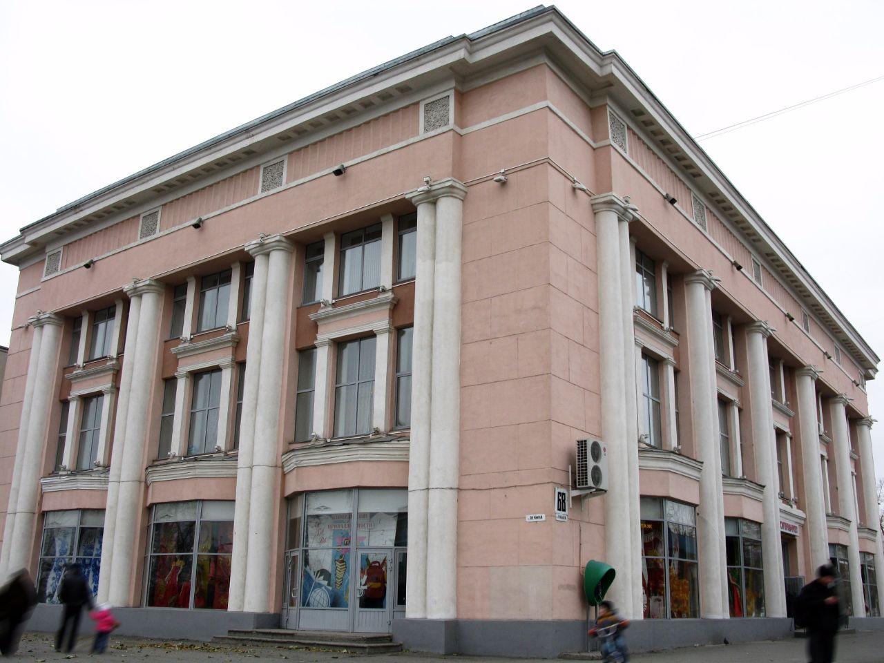 аренда помещений в ТЦ Зауральский Торговый Дом