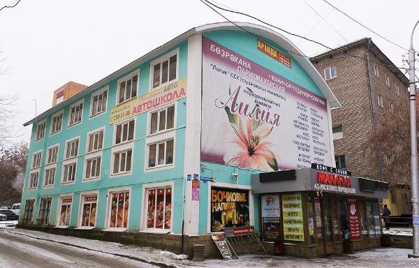 Торгово-офисный комплекс на ул. Свердлова, 74