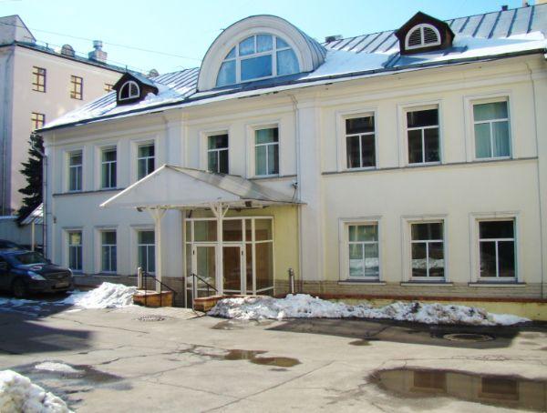 Офисный центр на ул. Овражная, 18А