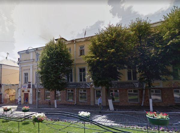 Административное здание на ул. Ленина, 15