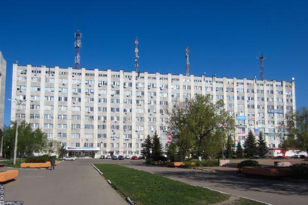 Торгово-офисный комплекс на Московском шоссе, 137