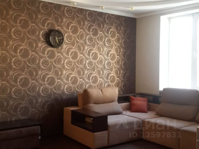 Продается трехкомнатная квартира за 7 300 000 рублей. Респ Крым, г Симферополь, ул Камская, д 25.