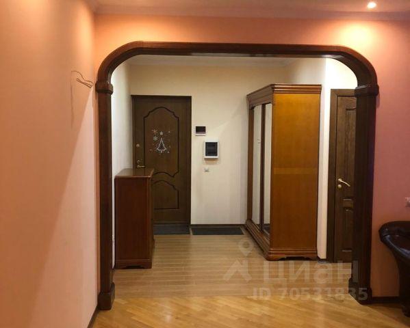 Куплю квартиру в красногорске в районе теплый бетон куплю цемент москва оптом