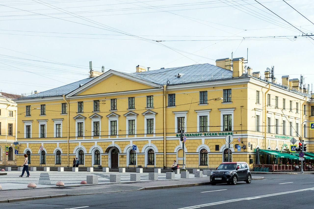 БЦ Конногвардейский