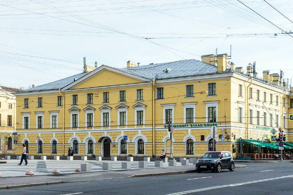 Бизнес-центр Конногвардейский