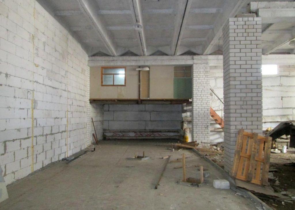 Складском комплексе на проспекте Александра Корсунова, 16В
