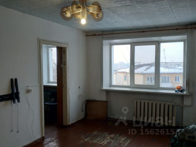 Продается трехкомнатная квартира за 2 080 000 рублей. г Кемерово, пр-кт Ленина, д 76.