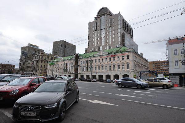Торгово-офисный комплекс Смоленский Пассаж