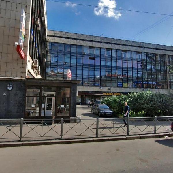 Офисное здание на Нарвском проспекте, 18