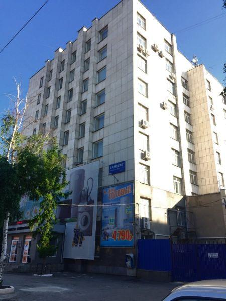 Торгово-офисный комплекс на ул. Красина, 41