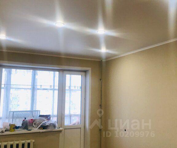 Продается двухкомнатная квартира за 2 100 000 рублей. г Курск, ул Студенческая, д 5.