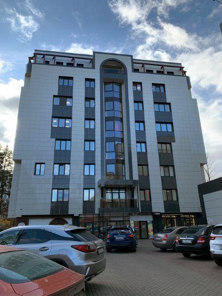 Офисное здание на ул. Лесная, 14Б