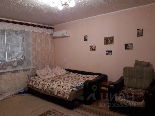 Продается двухкомнатная квартира за 1 930 000 рублей. Саратовская обл, г Энгельс, ул Тельмана, д 14.