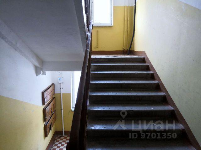 Продается двухкомнатная квартира за 2 350 000 рублей. Россия, Московская область, Можайск, Коммунистическая улица, 34.