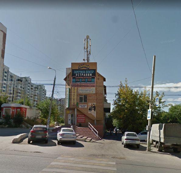 Торговый комплекс на ул. Демократическая, 16к1