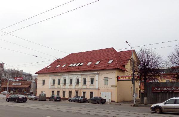 Отдельно стоящее здание на ул. Октябрьская, 42