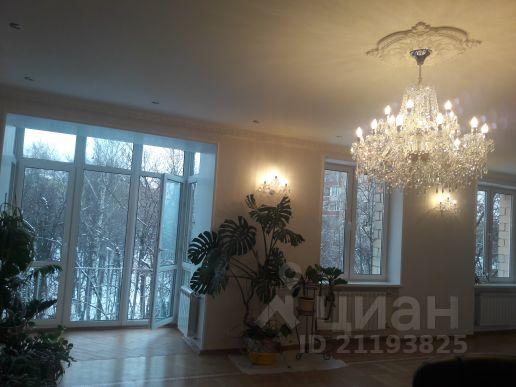 Продается четырехкомнатная квартира за 62 000 000 рублей. г Москва, пр-кт Вернадского, д 13.
