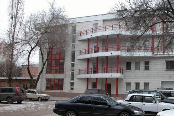 Офисное здание на площади Ленина, 6а