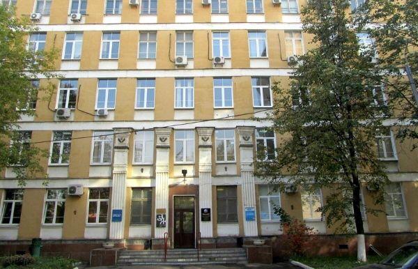 Офисное здание на ул. Черняховского, 16