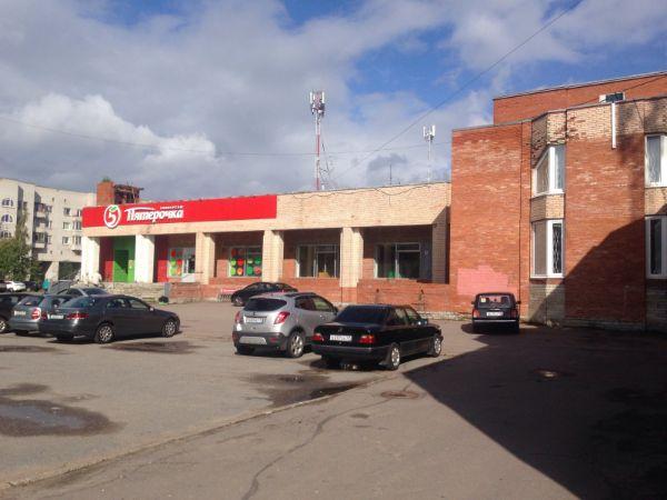 Торгово-офисный комплекс на ул. Взлётная, 7к1