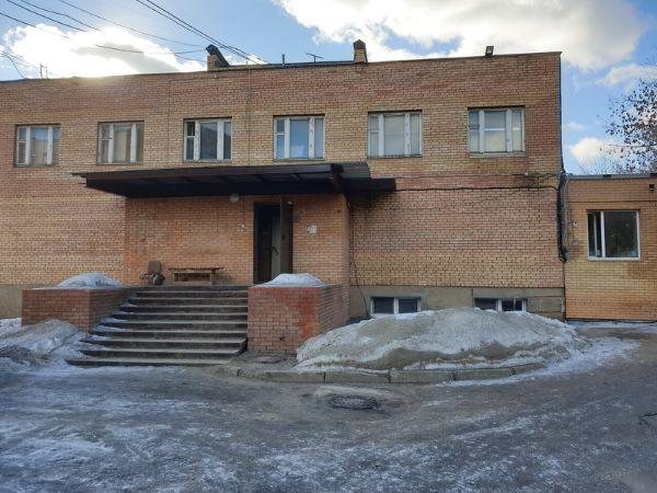 Административное здание в квартале Коммунальный, 5
