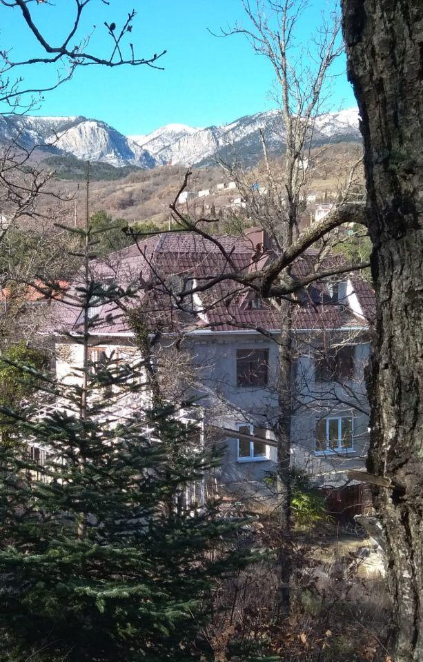 Купить дом 300м² Крым респ., Алушта городской округ, Лавровое село - база ЦИАН, объявление 250300347