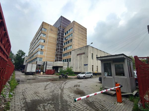 Административное здание на ул. Городская, 8