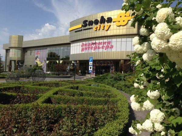 Специализированный торговый центр Sneha City (Снеха Сити)