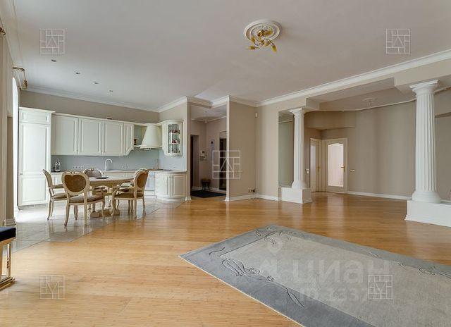 Продается четырехкомнатная квартира за 54 000 000 рублей. г Москва, Столовый пер, д 4.