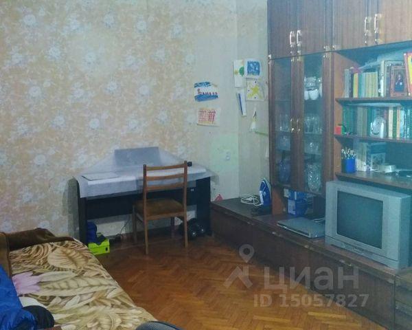 Продается трехкомнатная квартира за 5 000 000 рублей. респ Крым, г Симферополь, б-р И.Франко, д 6.