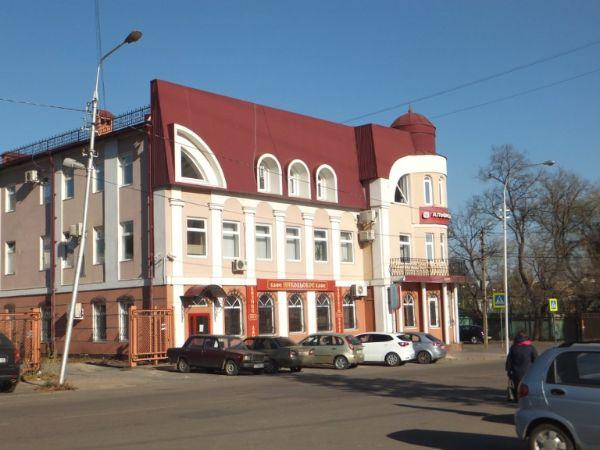 Бизнес-центр на ул. Барашева, 1