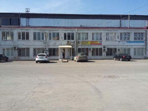 Производственно-складской комплекс на ул. Комбайностроителей, 2