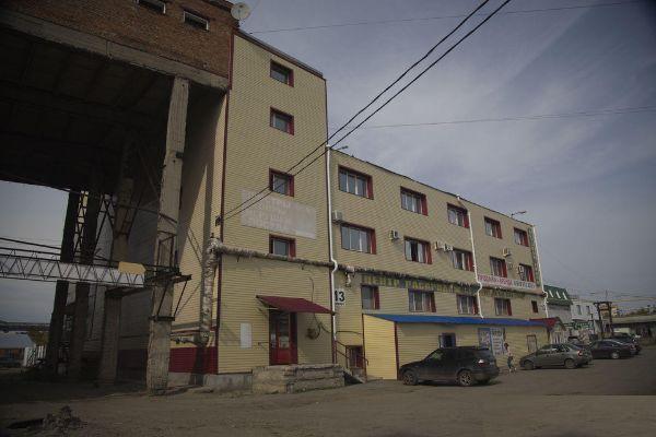 Торгово-офисный комплекс на ул. Омская, 101к13