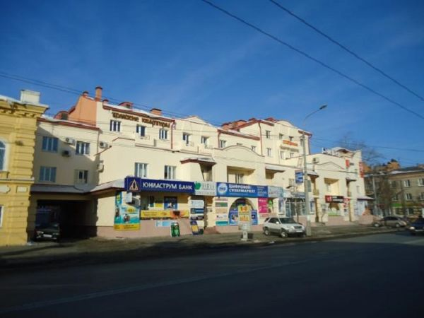 Торгово-офисный комплекс на проспекте Ленина, 94