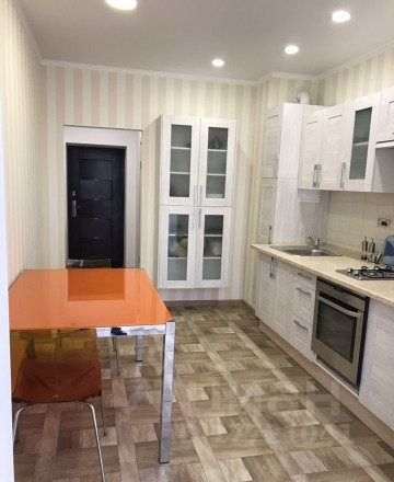 Продается однокомнатная квартира за 3 800 000 рублей. г Калининград, ул Л.Толстого, д 16.