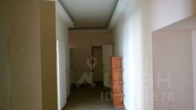 Снять место под офис Мантулинская улица санкт-петербург аренда офисов петроградский район