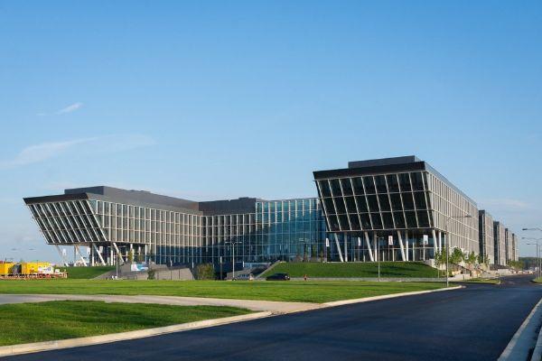 Торгово-офисный комплекс Comcity (Комсити)