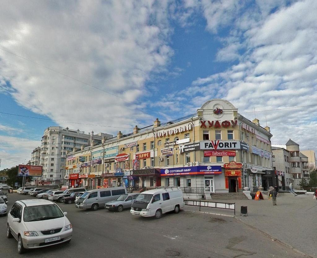 Торговом центре Малый