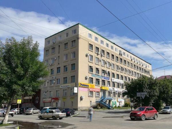Торгово-офисный комплекс на ул. Советская, 128