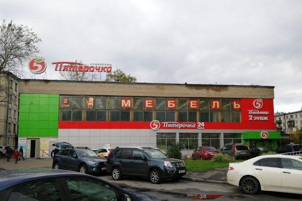 Торговый центр на ул. Краснопутиловская, 96