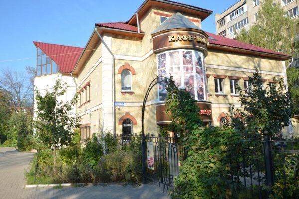 Административное здание на ул. Корнеева, 6Б