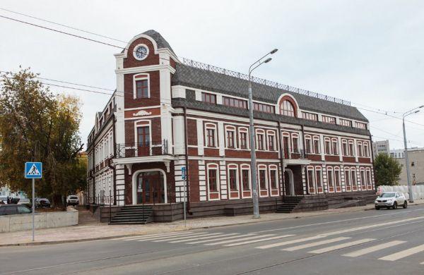 Отдельно стоящее здание на ул. Михаила Худякова, 15
