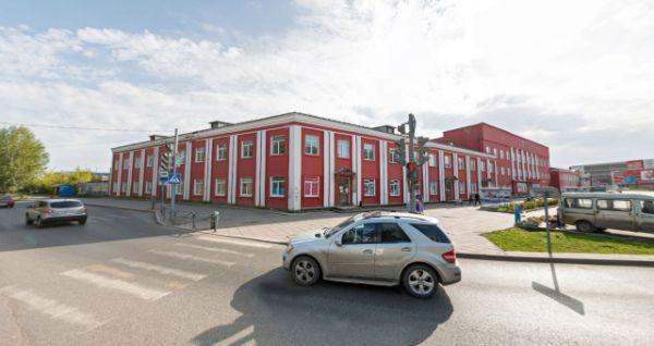 Торгово-офисный комплекс на ул. Героев Хасана, 105