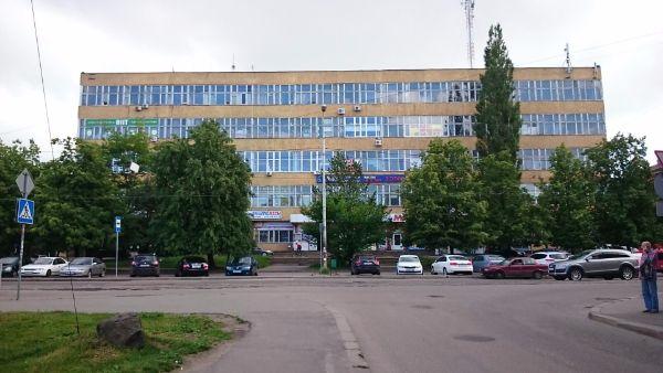 Торгово-офисный комплекс на ул. Багратиона, 49