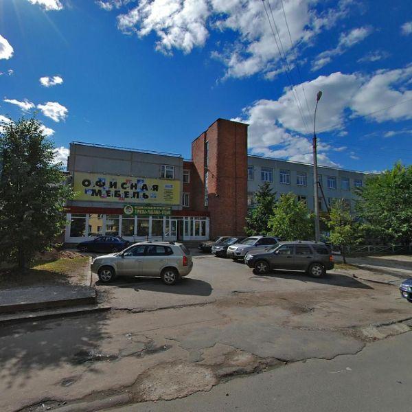Торгово-офисный комплекс на ул. Чехова, 2